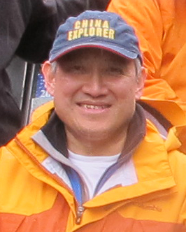 Dr William Fung